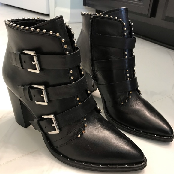 62dff5ec258 Steve Madden Humble Black Leather Booties